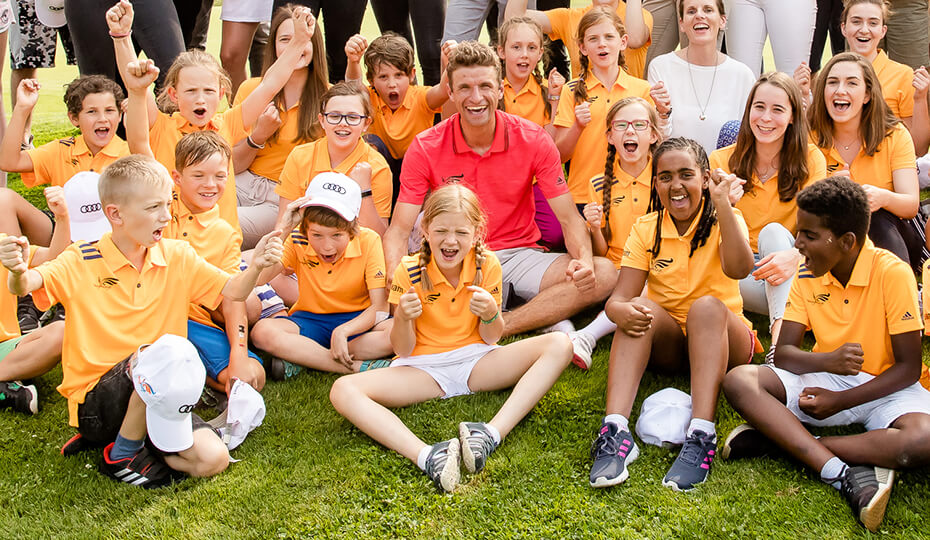 Thomas Müller beim YoungWings Benefiz-Golfturnier